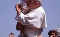Zapraszamy jutro do czuwania w V rocznicę Kanonizacji Papieża św. Jana Pawła II.