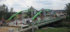 Nowy most rośnie jak na drożdżach.